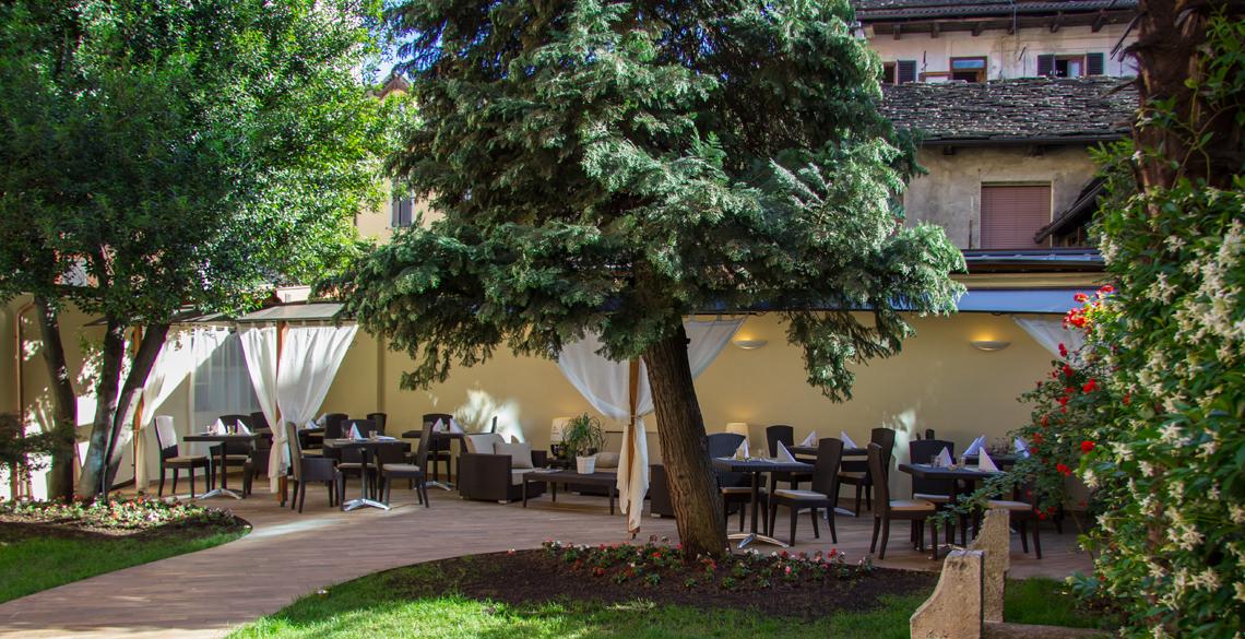 hotel_corona_domodossola_dehor3