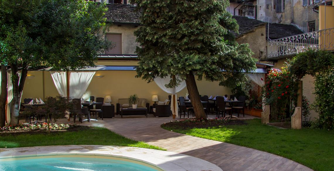 hotel_corona_domodossola_dehor2
